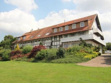 Traumhafter Landsitz im westlichen Allgäu in Aussichtslage, 88410 Bad Wurzach, Villa