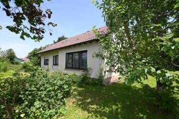 Solides Einfamilienhaus in idyllischer Lage auf großem Grundstück in Schlier-Fenken, 88281 Schlier, Einfamilienhaus