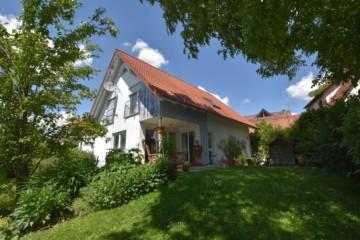 Gepflegtes Einfamilienhaus mit großem Garten in Ravensburg-Süd, 88214 Ravensburg, Einfamilienhaus
