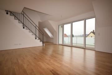 Schicke 3,5 Neubau Dachgeschoss-Wohnung in idyllischer Lage von RV-Schmalegg, 88213 Ravensburg, Dachgeschosswohnung