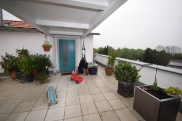 Chicke Penthousewohnung mit Dachterrasse in bevorzuger Lage von Ravensburg, 88212 Ravensburg, Dachgeschosswohnung